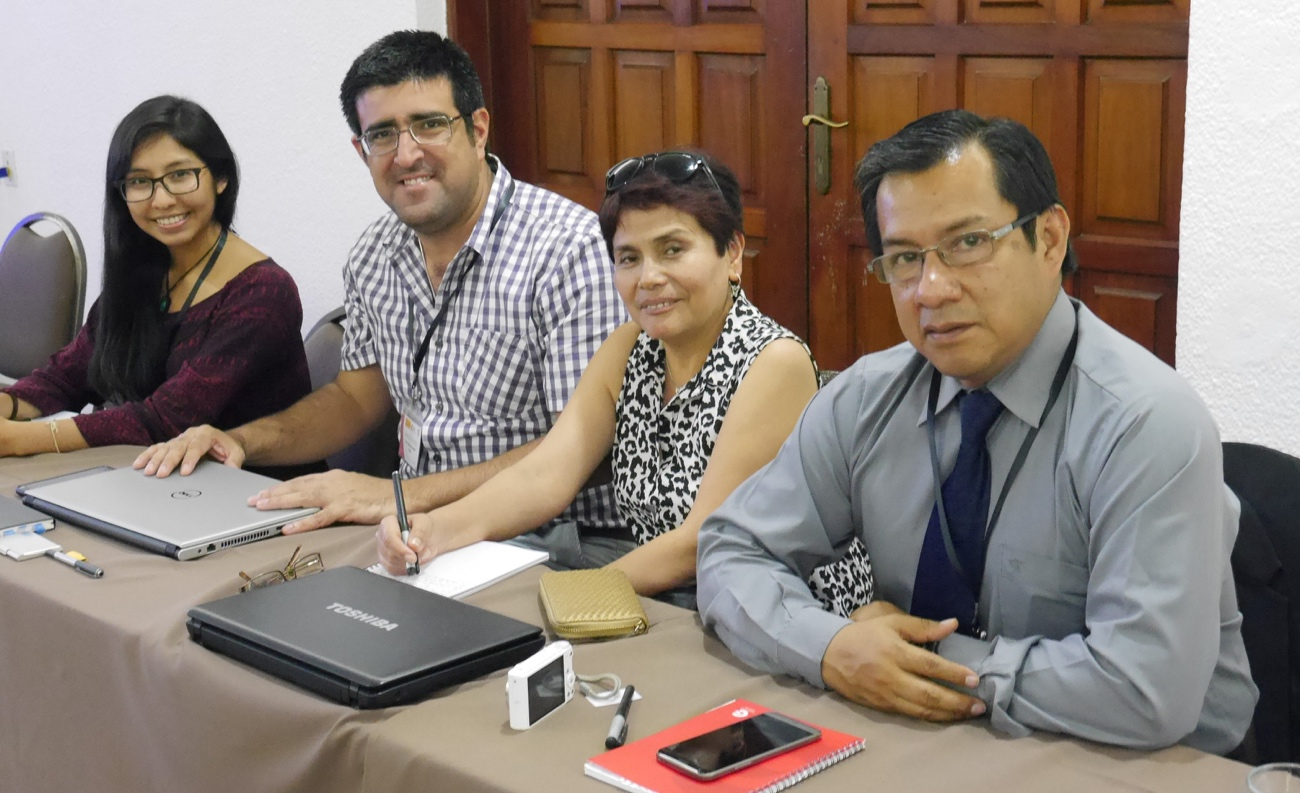 Participants (from left to right): Rossi Taboada, Yvan López, Miriam Gamarra, and Ronald Ancajima. (Photo: AECID-Santa Cruz).